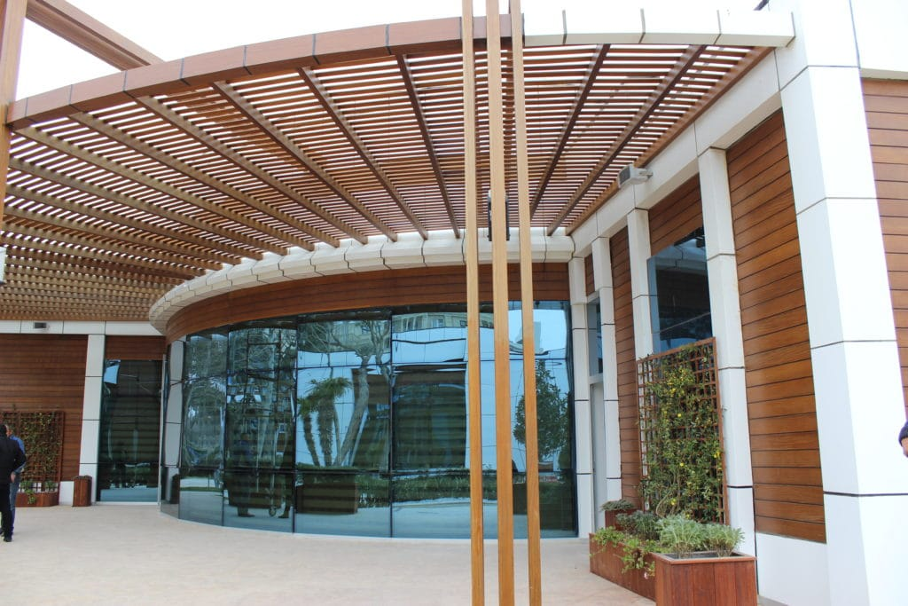 Cantilevered and Complex Commercial pergola
